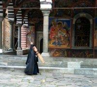По вечерня в Рилския манастир; comments:15