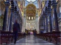 Призрак в катедралата. ; Коментари:8