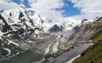 Връх Grossglockner в Алпите и ледника Pasterze ; Коментари:9
