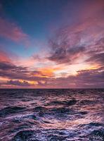 За снишаването на слънцето към хоризонта и още нещо..; comments:9