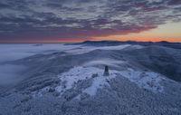 Утрото е студено. Мястото е Шипка. А гледката прекрасна.; comments:14