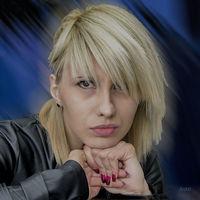 портрет на млада дама; comments:5
