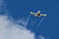 Кадър от тренировката за утрешния открит летателен ден на летище Долна Митрополия; comments:2
