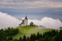 За пръв път посещавам Ямник. Словения ме посрещна с безкрайно динамично време. :); comments:12