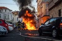 BMW-то изгоря; comments:5