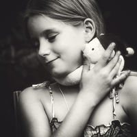 Lea and the bear; comments:3