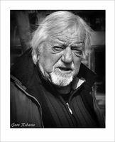"""Насрещен поглед, кадър от серията """"Портрети от улицата""""; comments:6"""