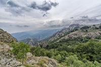 """Гледка от местността """"Карандила"""", част от Природен парк """"Сините камъни"""" над град Сливен.; comments:2"""
