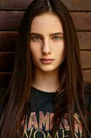 Ilona; comments:4