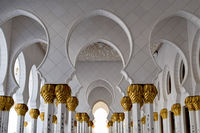 Abu Dhabi; comments:4