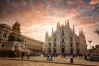 Piazza del Duomo, Milan; comments:7