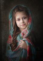 портрет на млада  дама; comments:15