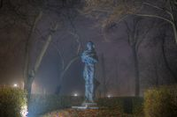 Her ghost in the fog; comments:1