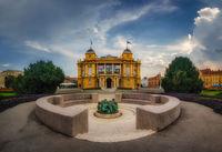 Хърватски народен театър, Загреб; comments:3
