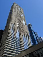 Aqua (by Studio Gang Architects),Chicago; comments:8