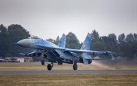 Су-27 излита на форсаж; comments:4