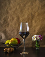 Натюрморт с чаша вино; comments:8
