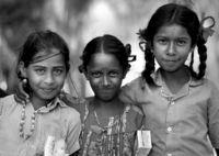 Магешори и сестрите й; comments:1