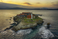 остров Света Анастасия; Коментари:10