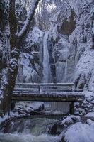 Замръзналото царство на водопада; comments:6