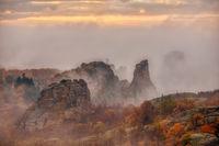 Там из скалите и мъглите !; comments:7
