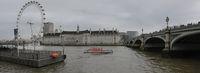 по течението на Темза; Коментари:3