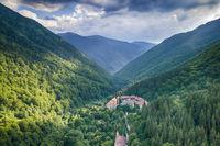 Рилски манастир; Коментари:5
