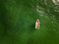 Самотна лодка; comments:1