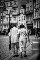 Вървят ли двама...и път да няма, не ще се спрът :); comments:1