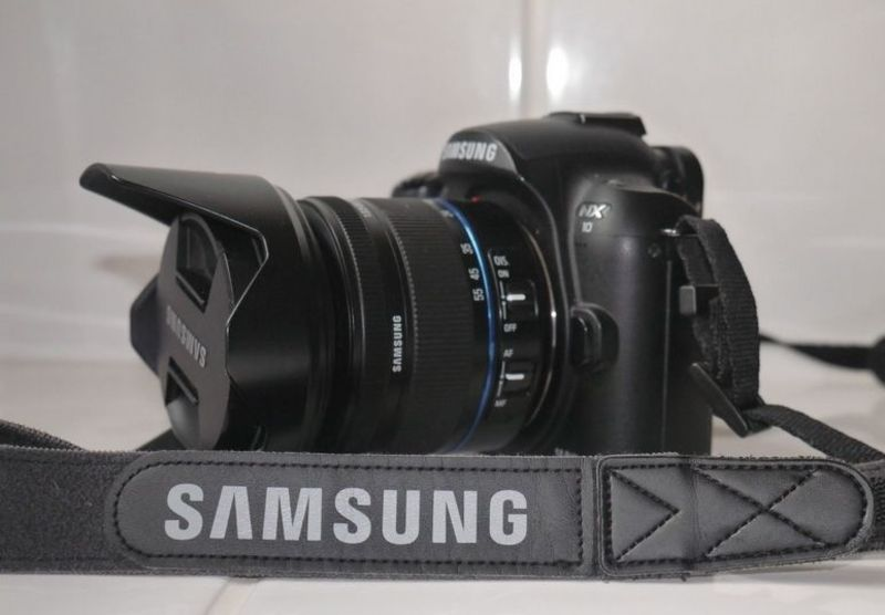 Продава: Samsung Nx10/ 14 6 Mpx + обектив 18-55mm - БАЗАР