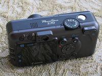 Canon S70