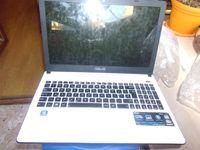 Лаптоп ASUS X501U - бял на 2 години Цял или на Части