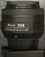 обектив Nikon AF-S DX 35mm f/1.8G