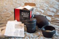 Продавам SIGMA 28mm f/1.8 EX DG ASP Macro за Canon
