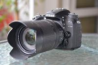 Продавам Nikon D7200 + Nikkor 18-140