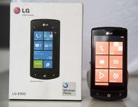 LG E900 Optimus 7 с Windows 7.8
