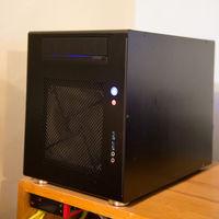 8TB мрежово смарт у-во за съхранение на данни (NAS)