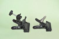 2 модифицирани  метални щипки