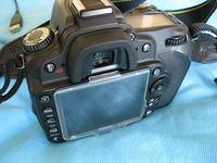 Продавам Nikon D90 в комплект с Nikon 18-105 VR