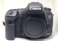 Нов Фотоапарат Canon EOS 7D Mark II тяло