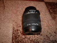 Sigma 18-50mm f/2.8 EX DC HSM Macro за Nikon