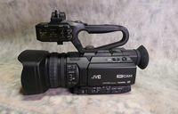 JVC GY-HM200