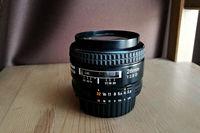 Обектив Nikon AF 28mm f/2.8D