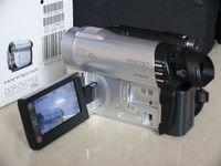 Видеокамера SONY DCR-DVD 110E - нова