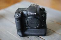 Продавам Canon EOS 7D MK II СПЕШНО
