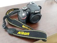 Продавам тяло (черен цвят) на фотоапарат Nikon d3200.