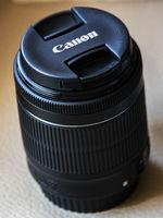 Обектив Canon в перфектно състояние 18-55mm f/3.5-5.6 IS STM
