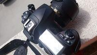 Nikon D200 + 18-55 VR ll