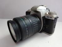 Pentax MZ-50 с обектив 28-80 мм