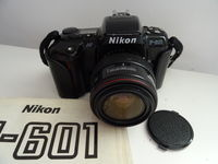 NIKON F-601 с обектив 28-70 мм
